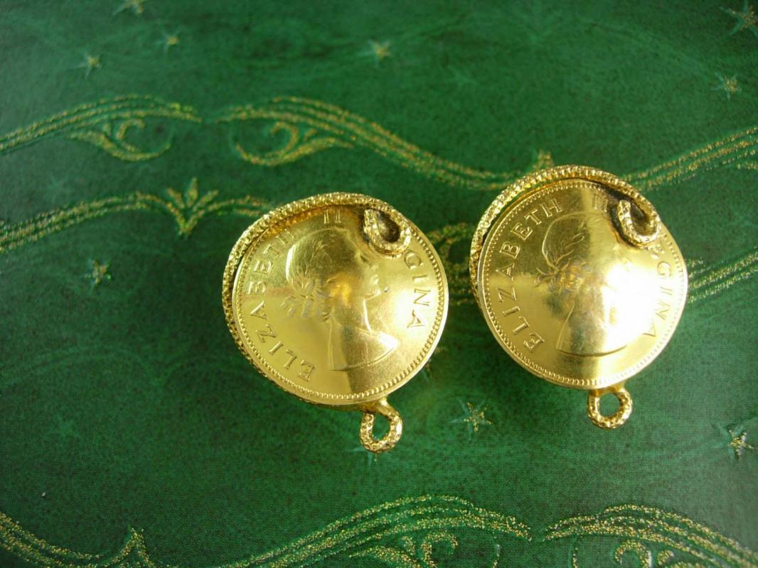 1955 Exquisite Gold coin Wedding Cufflinks English Queen snake wrap Vintage Freirich Elizabeth 11 Regina estate cuff links