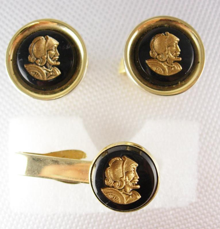 Intaglio Roman Soldier Cufflinks Vintage Gold Tie Clip Set Pat.2472958 Knight Head Man in Shinning Armor cuff links wedding groom Tie bar