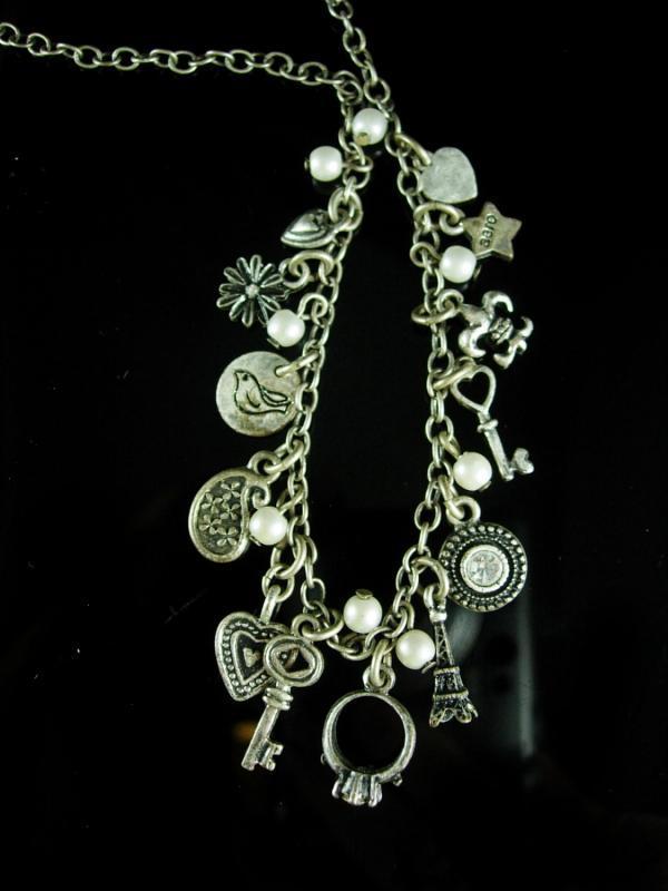 Tiny Charm necklace - 18