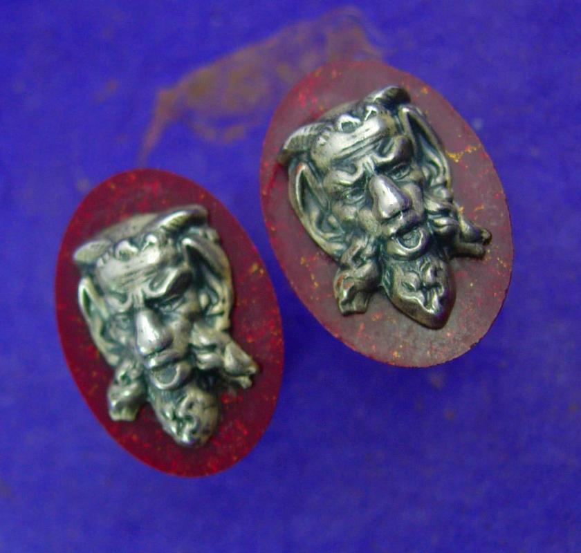 Vintage Devil Cufflinks / Hickok jewelry / bakelite demon / satan Gargoyle / grotesque figural jewelry / red silver mens  novelty jewelry