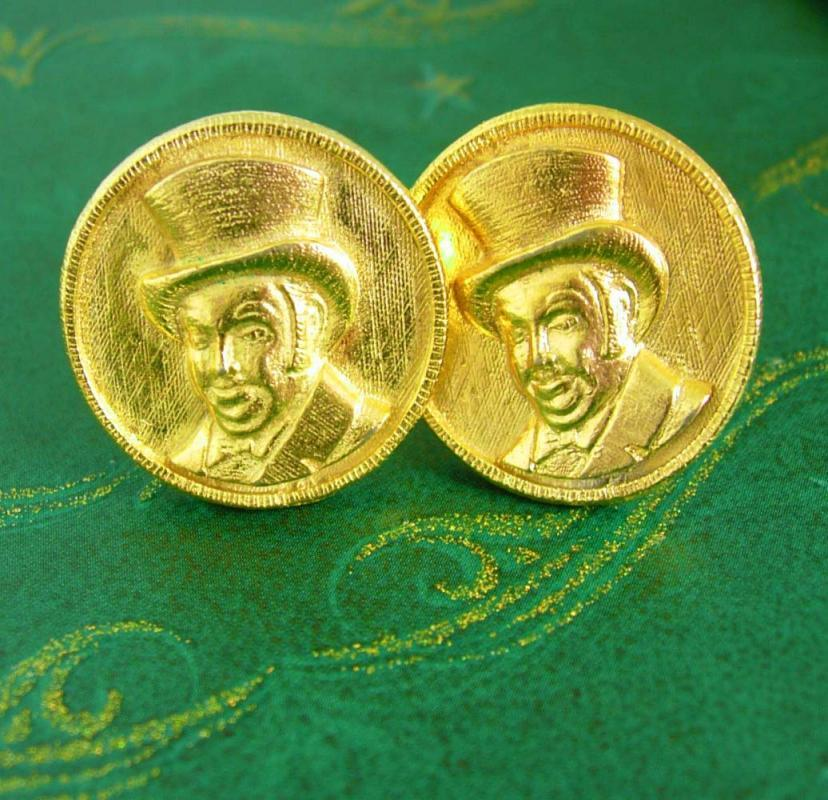 Victorian Top Hat Cufflinks / Vintage Charles Dickens / Christmas Carol /Writer Storyteller Gift/ gold cufflinks / steampunk jewelry