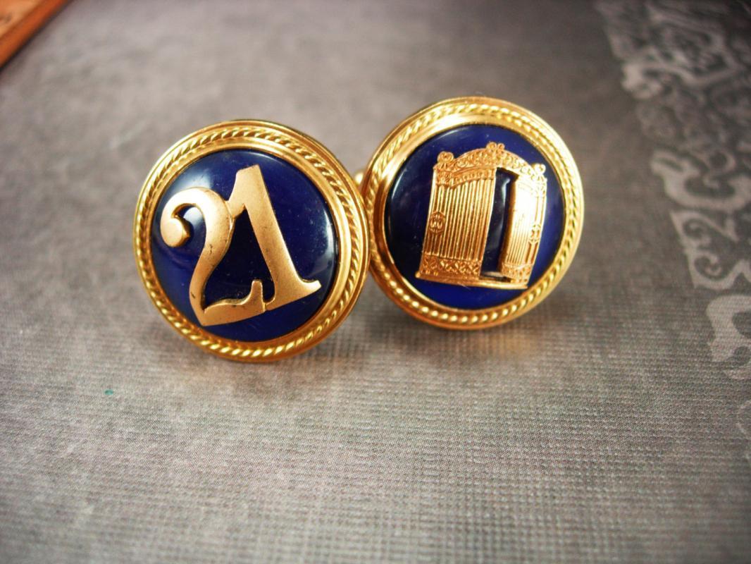 Vintage 21 Cufflinks - NYC 21 club - restaurant advertising - Graduation gift - College cuff links golden blue gambling Free at last