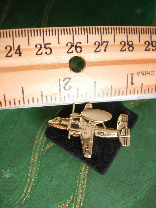 Navy Reconnaissance Airplane Tie Tack E-2C Hawkeye Vintage with Chain Squadrons Men's Military Tie cufflink Accessory aviator gift