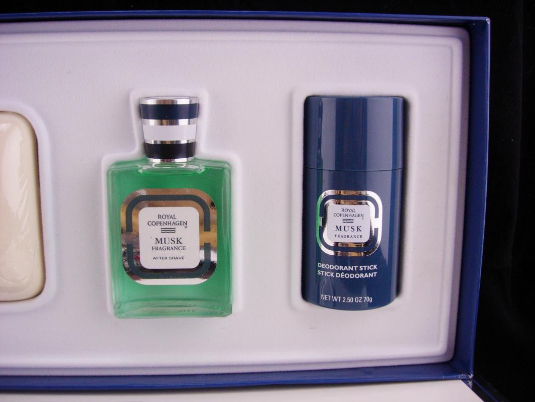 Royal Copenhagen Musk Gift Set / 4 piece set / mens cologne spray / soap / deodorant