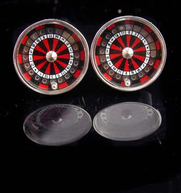 Roulette Wheel Cufflinks / It  SPINS / Casino Cufflinks / Vintage Gamber gift /  Mechanical vintage silver cufflinks / Lucky Number