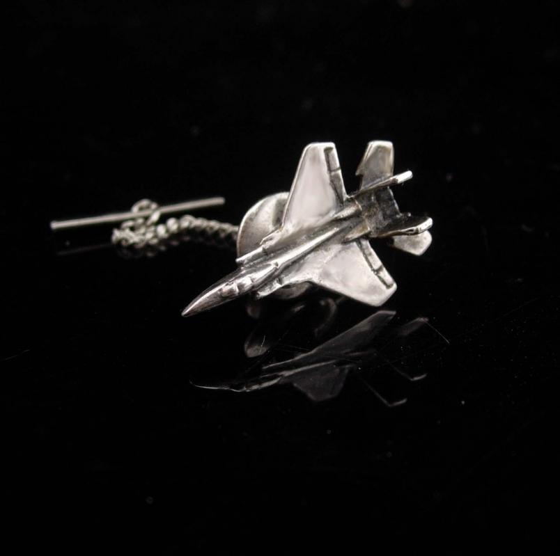 Vintage f16 Jet Tie Tack / Airplane / Aerospace  / Air Force Pilot gift / silver jet Pin / Fathers Day / aeronautical engineer graduation