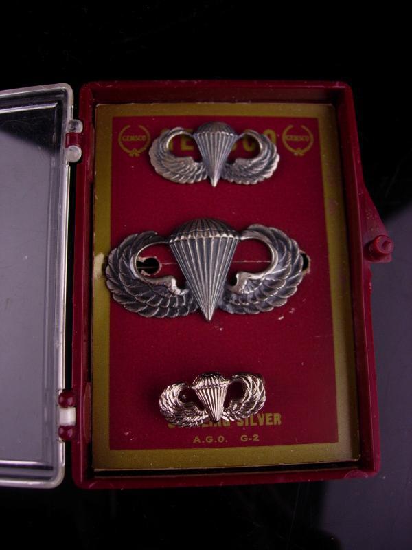 Vintage sterling military medal set / Parachutist Badge lot / Jump Wings / silver wings / parachute Award / Veteran Birthday / Retirement
