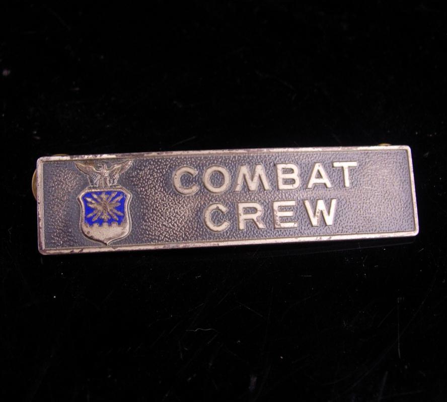 Combat Crew Badge / Vietnam era metal / Vintage Air Force pin / Military Vietnam shirt pin / aviation / pilot gift