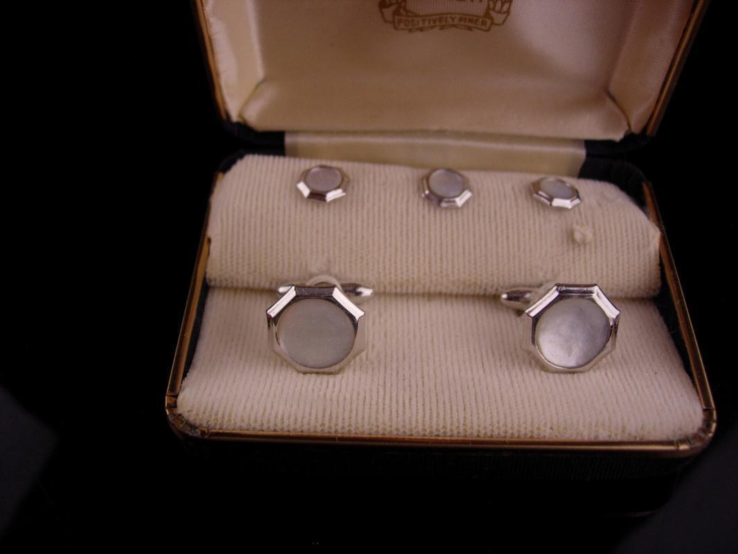 Vintage Tuxedo cufflinks / Silver studs / Vintage Swank Box set / button studs / MOP mother pearl / original box / wedding formal wear