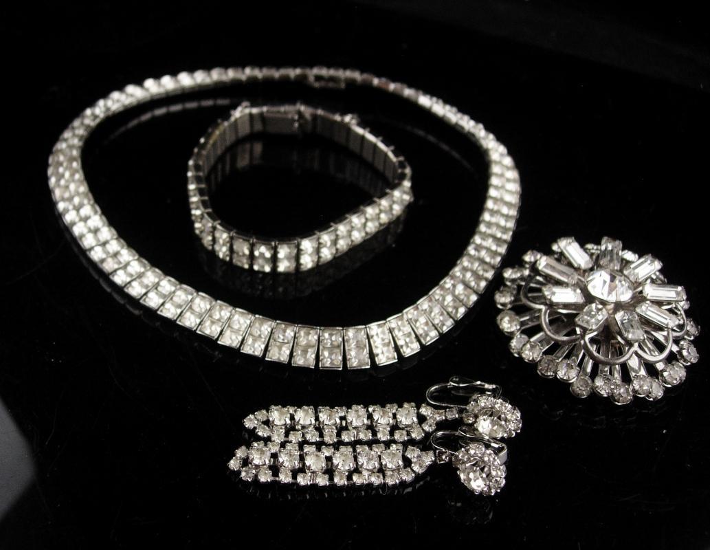 Vintage Rhinestone parure - deco silver necklace - 14