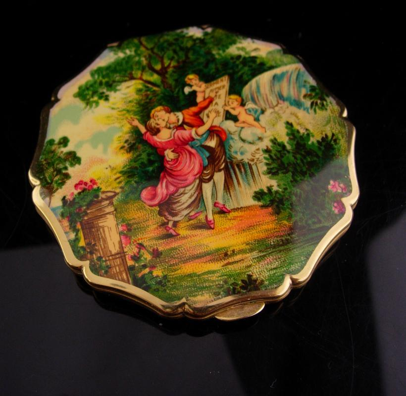 Vintage victorian compact - stratton enamel cupid painting top  - 3 1/2