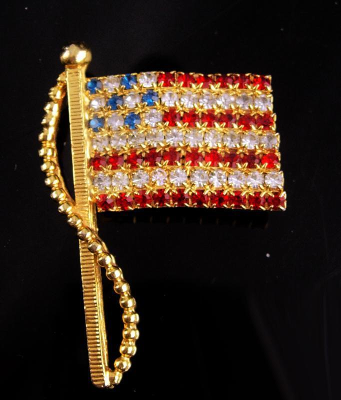 Rhinestone Flag brooch / Patriotic jewelry / USA red white Blue / 2