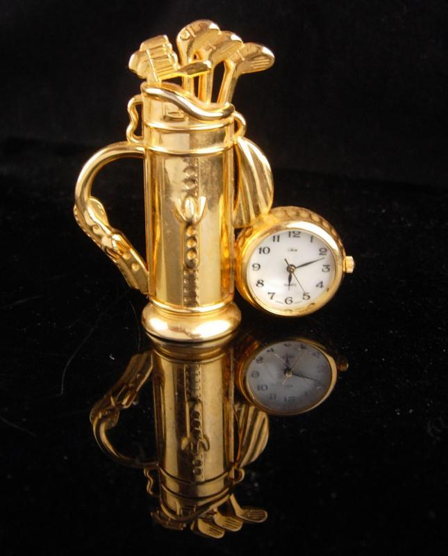Vintage golf gift - gold clock - Golfer and caddie gift - hole in one - gag gift - working desk clock - 2