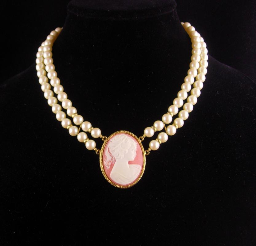 HUGE Cameo necklace - 1928 choker - Edwardian style - Vintage mother o