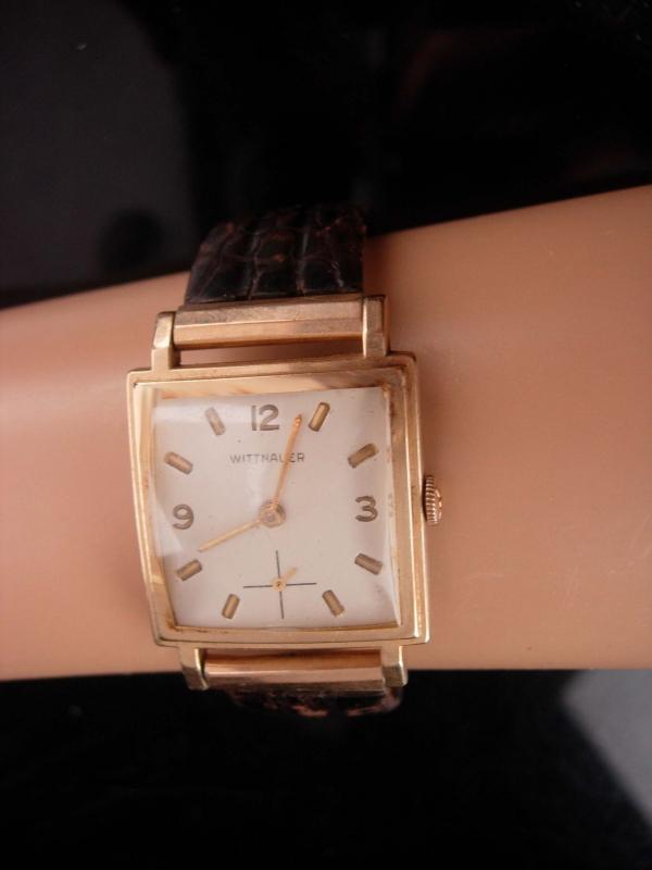 1950s Mens Whittnauer watch - iscribed - works great - vintage wristwatch - 10kt
