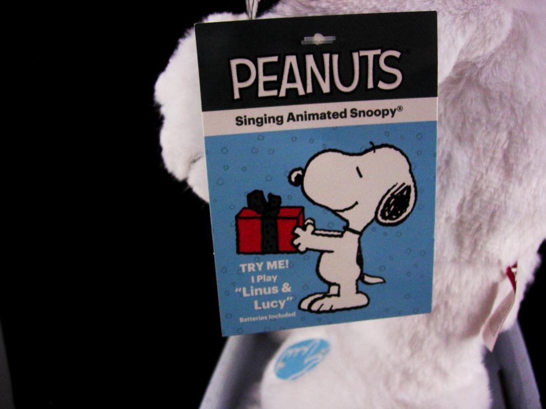 Vintage Animated Christmas Snoopy - 15