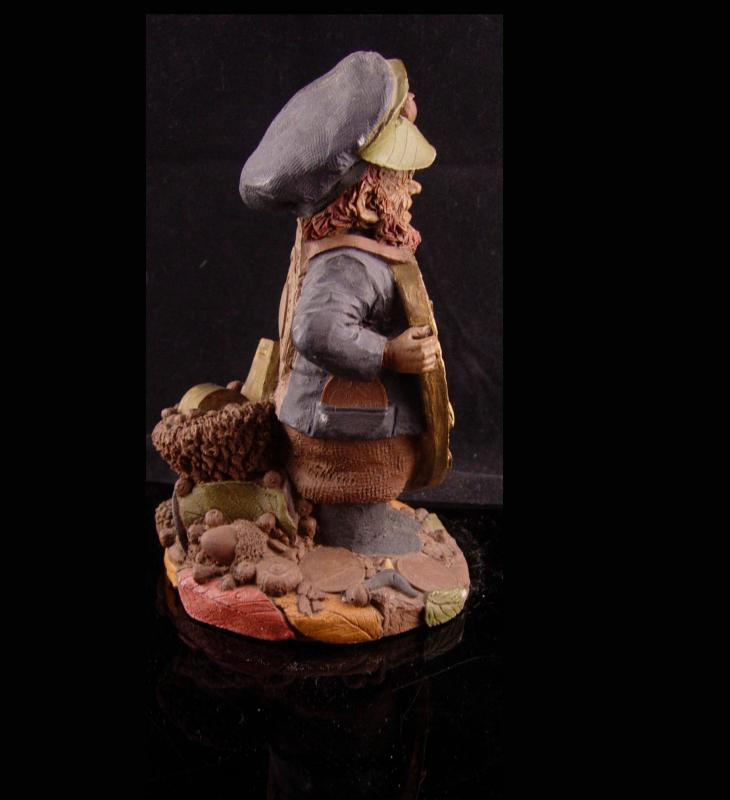 Irish Police statue - PADDY 1989 - Davidson College -numbered and dated - Tom Clark Gnome - Cairn Studio