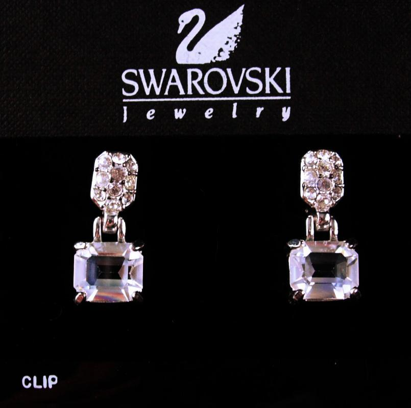 Vintage Brilliant Swarovski earrings -CZ Earrings Clip on Rhinestones - Bridal Wedding Anniversary - Mothers Day