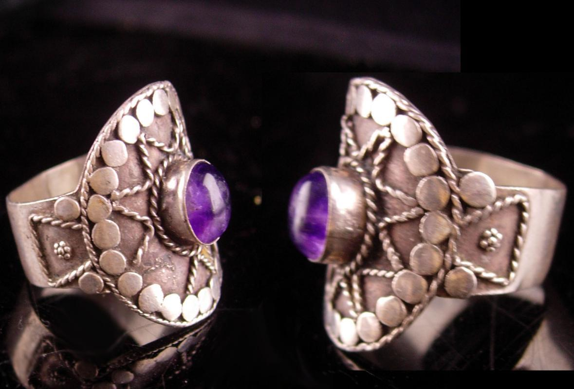 Vintage star Goddess ring - Mystical amethyst Etruscan ring - Sterling Hand wrought - Aquarius birthstone wicca celestial size 8 1/2