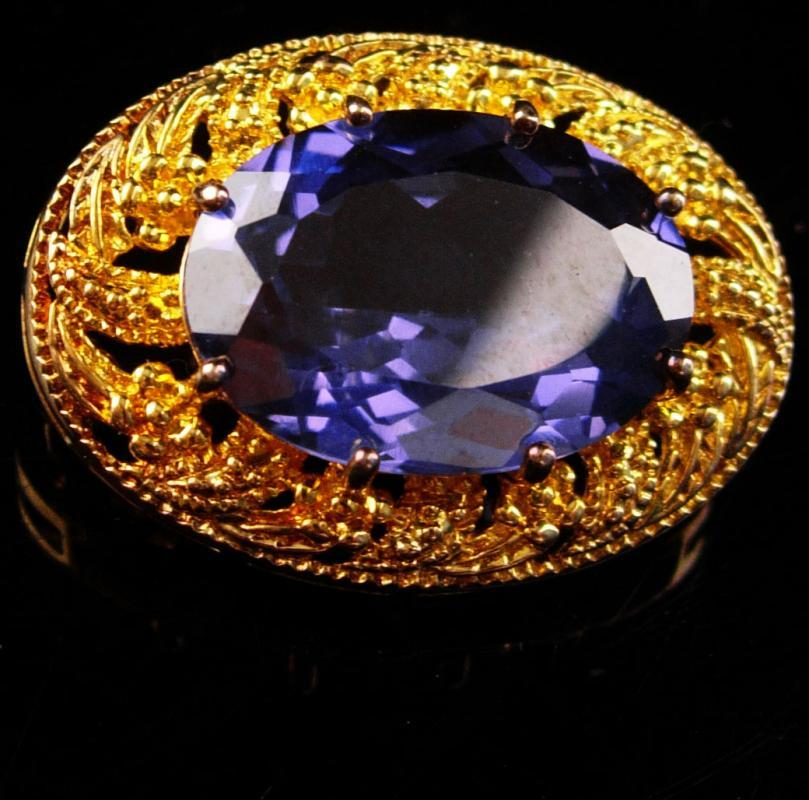 Vintage Alexandripte brooch - blue Amethyst color - large faceted stone - hallmarked Victorian setting Vintage sterling pin estate jewelry