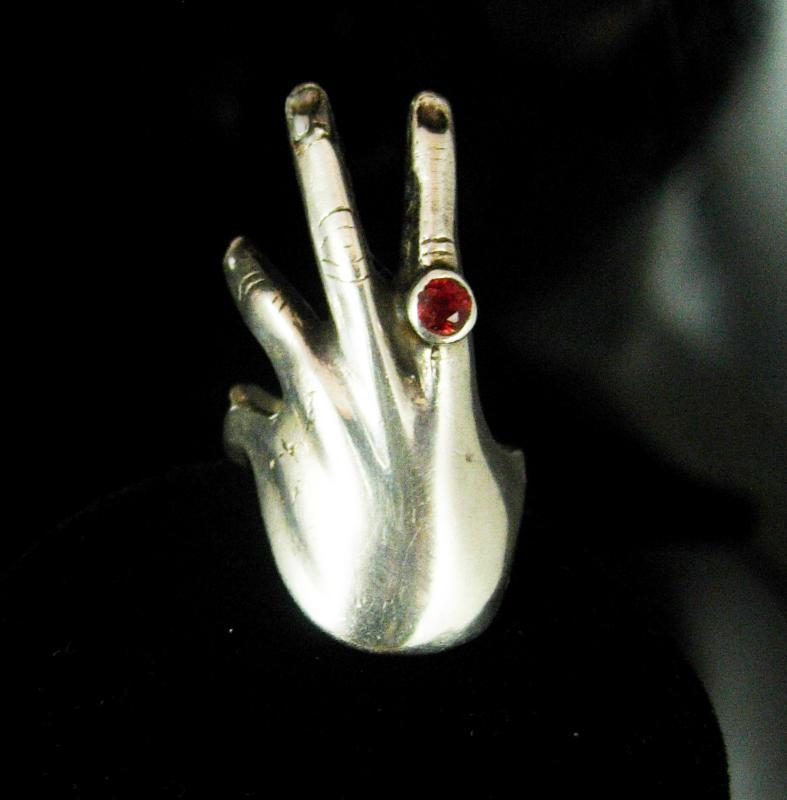 Bizarre Hand Ring - Sterling Garnet - Vintage artisan Silver fingers - wrap design Size 4 January birthday