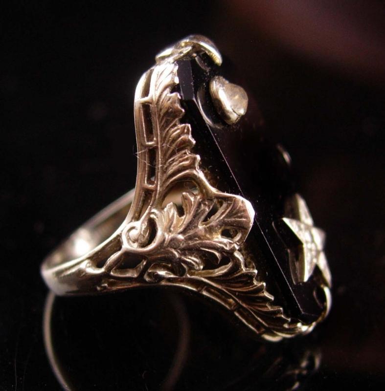Antique 18kt GOLD diamond Ring - Art Deco filigree setting - star ring - vintage estate jewelry