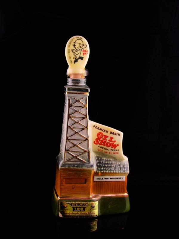 Texas oil Bottle - Drilling Well Derrick statue - Vintage Tycoon gift Gambler gift - Permian Basin - oil field worker Show advertising -