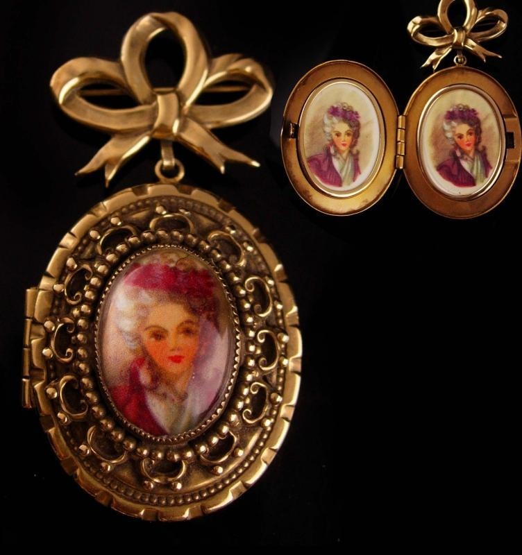 Antique Locket -  BIG heavy photo brooch - victorian pin - sweetheart jewelry - Chatelaine pin - estate jewelry