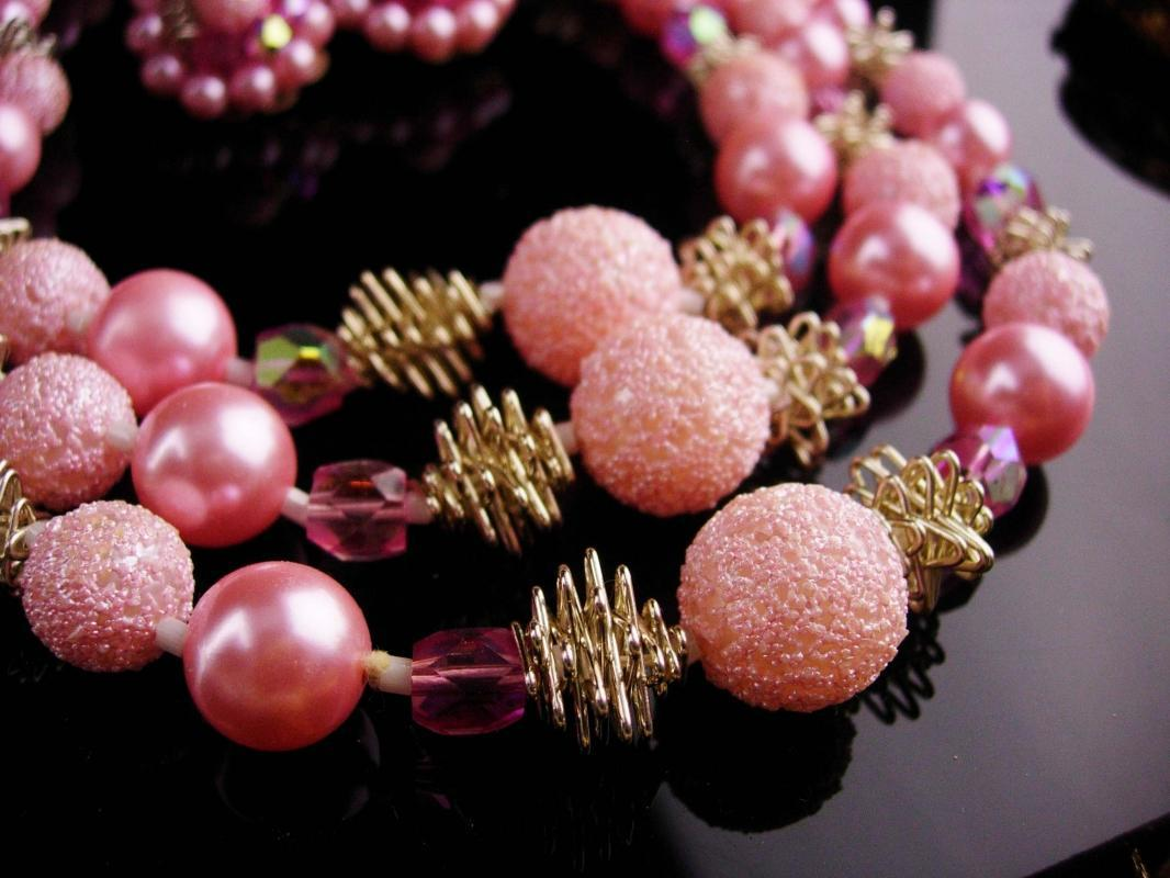 Vintage pink Sugar bead necklace - Vintage clip on earrings - 3 strand Japan pearl choker  - mother of the bride gift -  costume jewelry lot