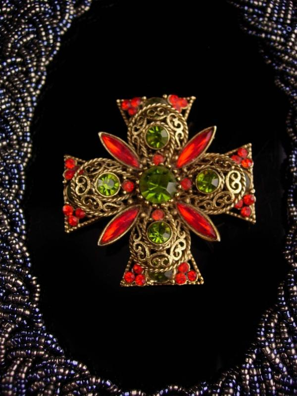 Vintage rhinestone Cross choker / statement necklace / emmons Rhinestone maltese cross brooch -  designer jewelry