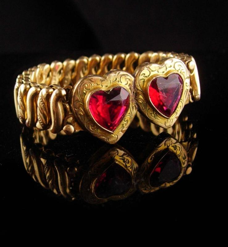 Antique heart Bracelet - sweetheart jewelry - expansion cuff - victorian jewelry
