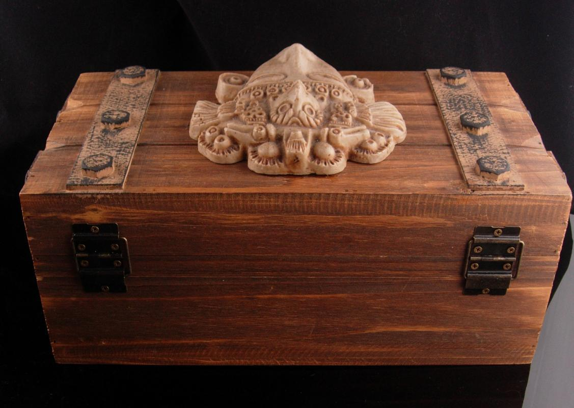 Vintage mayan Box - Wood treasure chest - large keepsake box - vintage big chest - distressed box