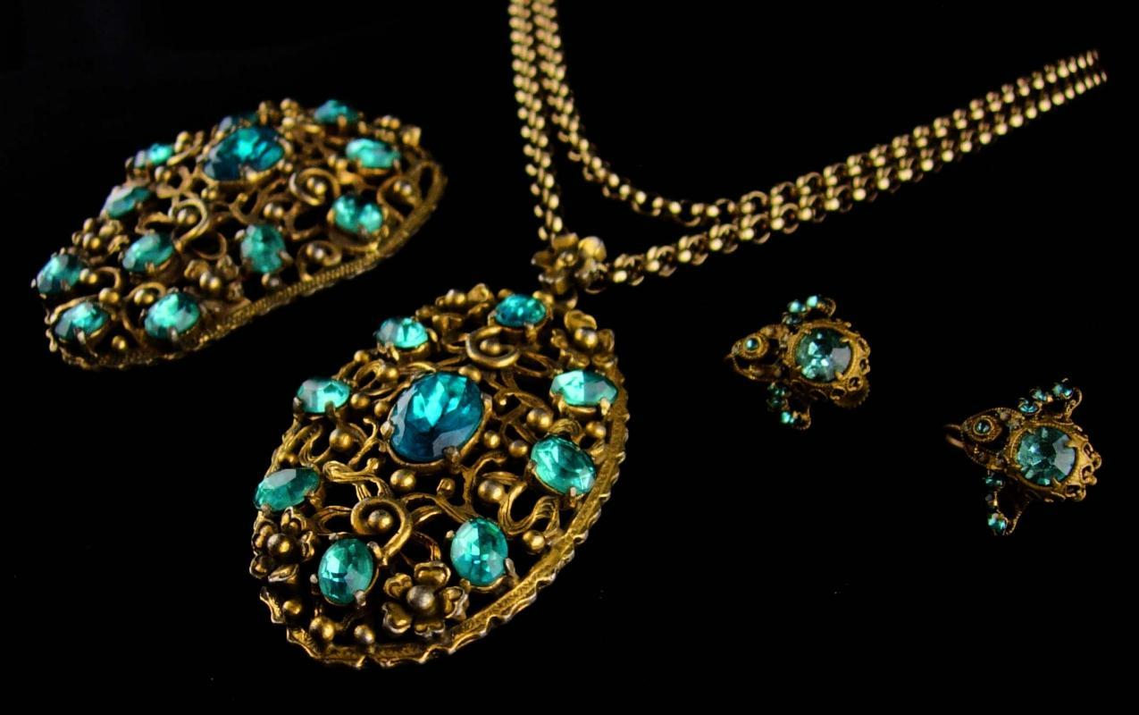 Antique czech set - vintage big fur clip - czech turquoise paste screw on earrings - Flower and brass necklace set - estate jewelry
