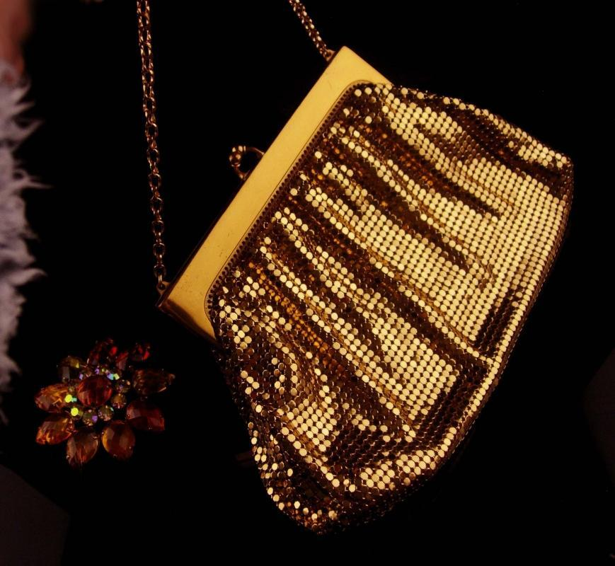 Gold Flapper purse / vintage Whiting & Davis mesh purse / Joan rivers brooch - original  tag - rhinestone jewelry