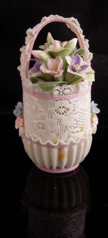 lladro wedding Basket vase / signed handpainted paprichos - original box - Baby gift - baby girl - flower girl gift uffled PINK Fluted edges
