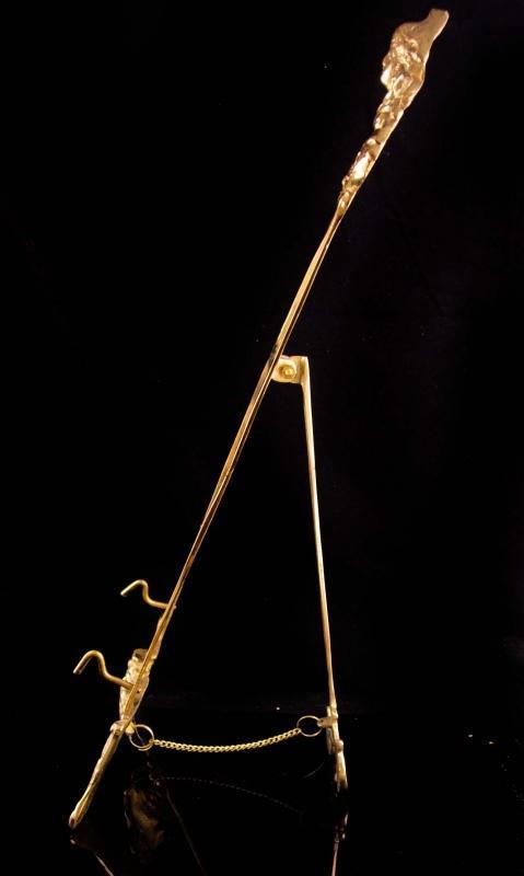 Antique art nouveau Easel / 21