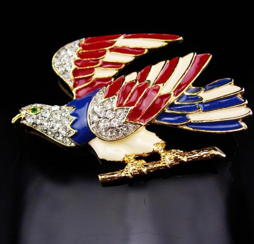 Large Vintage Eagle Brooch / Rhinestone bird / Patriotic jewelry / 2 3/4