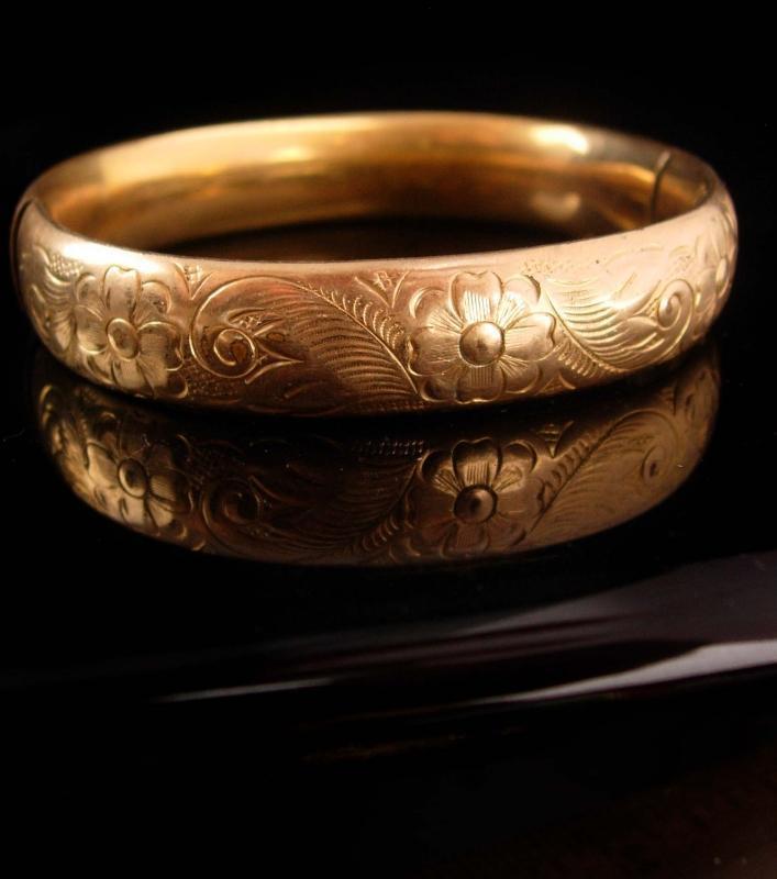 1900s Victorian bracelet / Vintage gold filled / antique bangle / Hinged floral bracelet/ 1/20th bangle