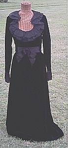 Clothing/C.1970 Black Velvet Evening Gown/Roger