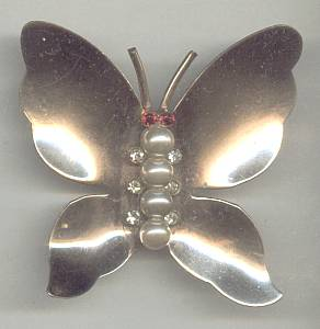 Brooch/Gold Wahed Butterfly W/Faux Pearl Body & Ruby R/S Eyes