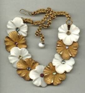 Necklace/Choker/Unsigned White and Gold Flowers W/Multi Colored R/S Centers