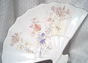 Porcelain/Fan Shaped Vanity Dish/Tray