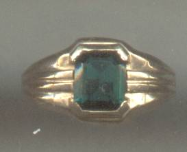 Ring/Boys/Small Man's/10KT Yellow Gold/Green Glass Stone