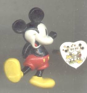 Disney/Plastic Mickey Mouse Pin & Minnie Mouse & Mickey Mouse In Love Ring