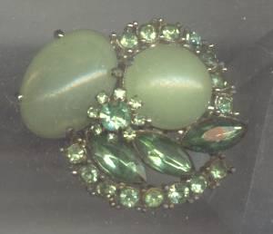 Brooch/Matte Peridot Green Plastic Cabachons&Glass Peridot Rhinestones