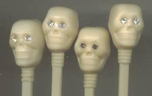 Bar Ware/Holiday/9 Ivory Plastic Skull Top Swizel Sticks