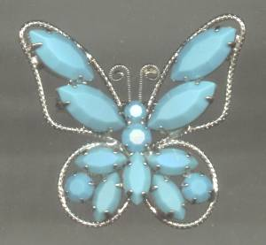Brooch/Silvertone/Wirework Butterfly W/Turquoise Glass Navette and Chaton
