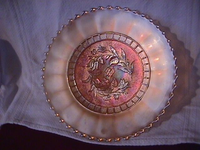 (Diamond Glass Co.) Carnival Glass