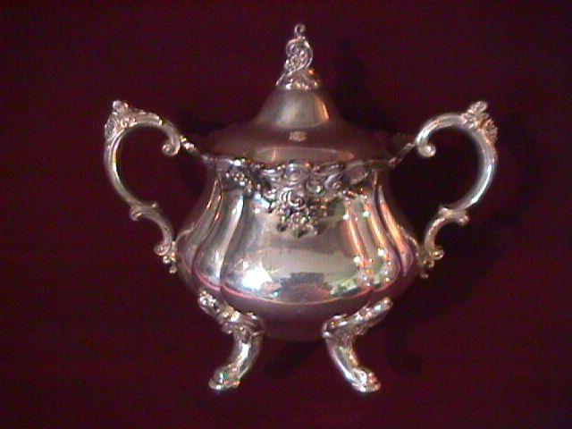 Wallace (Baroque) Silverplate Covered Sugar
