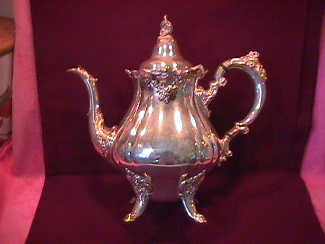 Wallace (Baroque) Silverplate Teapot